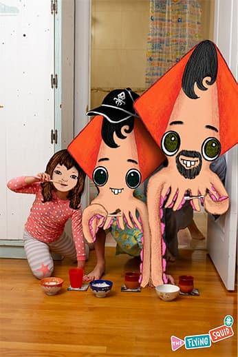Un familia de Calamares Voladores se preparan para lavarse los dientes